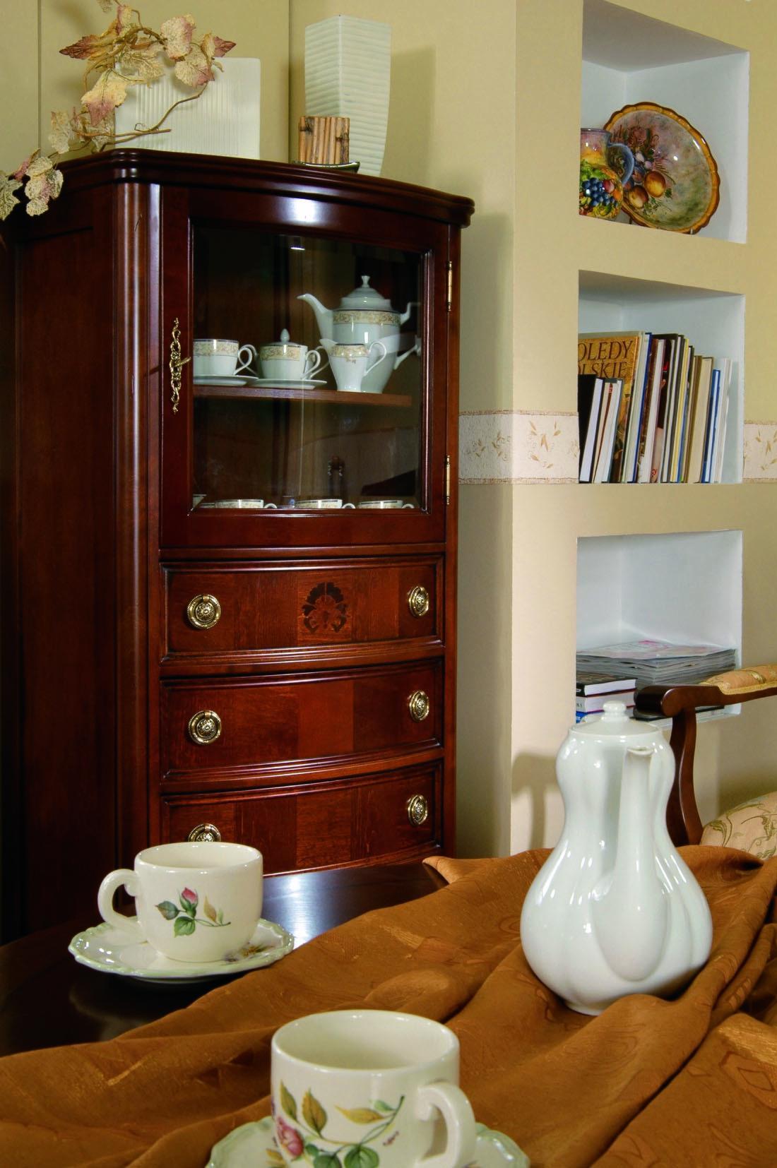 garderobenpaneel mit spiegel kirschbaum massivholz. Black Bedroom Furniture Sets. Home Design Ideas