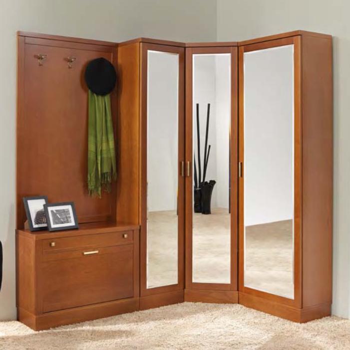 eckgarderoben mit spiegel nussbaum massiv iter m bel. Black Bedroom Furniture Sets. Home Design Ideas